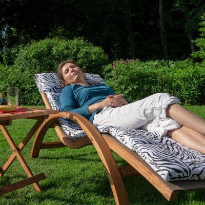 relax und gartenliege tropica mit kissen. Black Bedroom Furniture Sets. Home Design Ideas